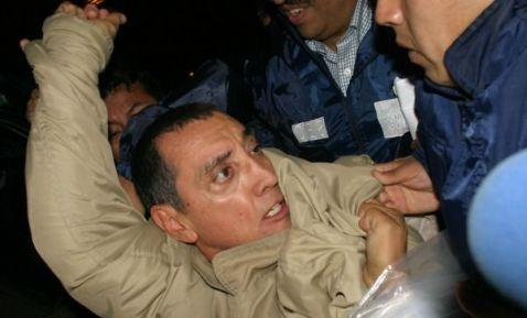 Avión que traslada a Mario Villanueva aterriza en la CDMX