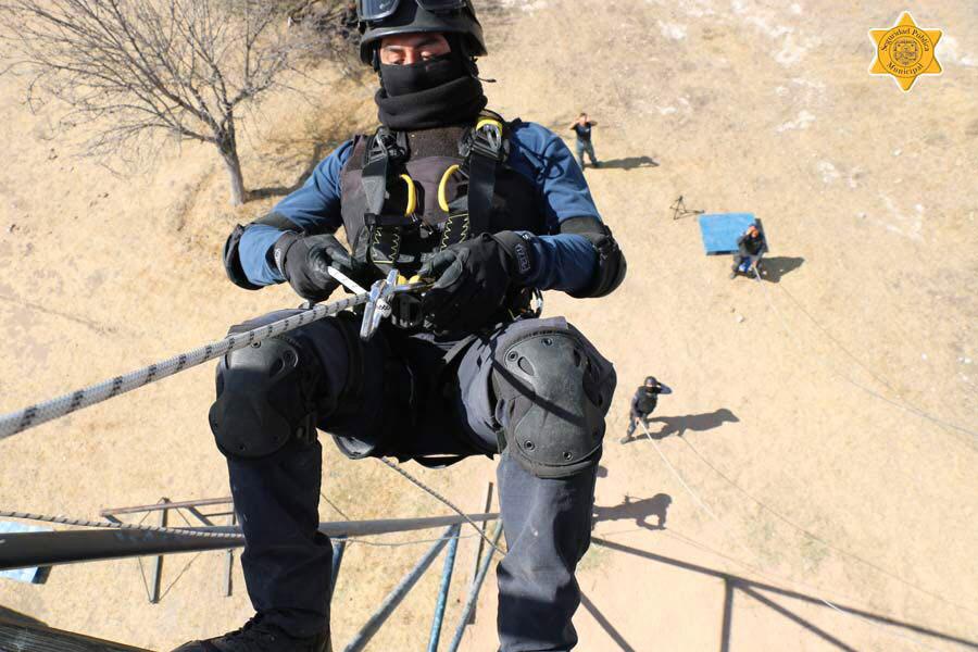Personal de la SSPMQ participa en curso de operaciones especiales K-9