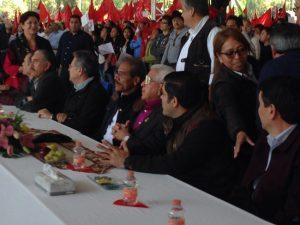 Celebración: Aquiles Córdova Morán, dirigente nacional de Antorcha Campesina, encabezó aquí la fiesta por los 26 años de su movimiento, con Jerónimo Gurrola y más de 10 mil asistentes. FOTO: VÍCTOR POLENCIANO