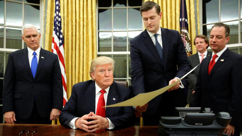 Trump firma decreto para combatir a los cárteles