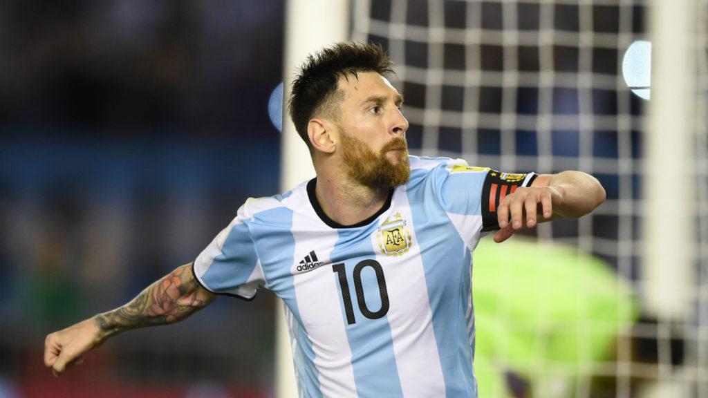 Suspenden cuatro partidos a Messi