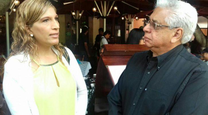 Desconocen comerciantes a Alfredo Serrano
