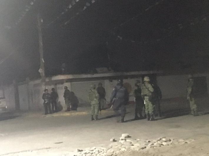 Van 4 militares muertos y 6 civiles por robo de gasolina en Puebla: Gobernador