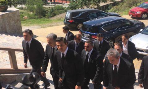 Peña Nieto asiste al funeral de Chedraoui en la catedral de San Pedro y San Pablo
