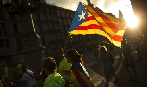 Rajoy pide disolver gobierno de Cataluña con artículo 155