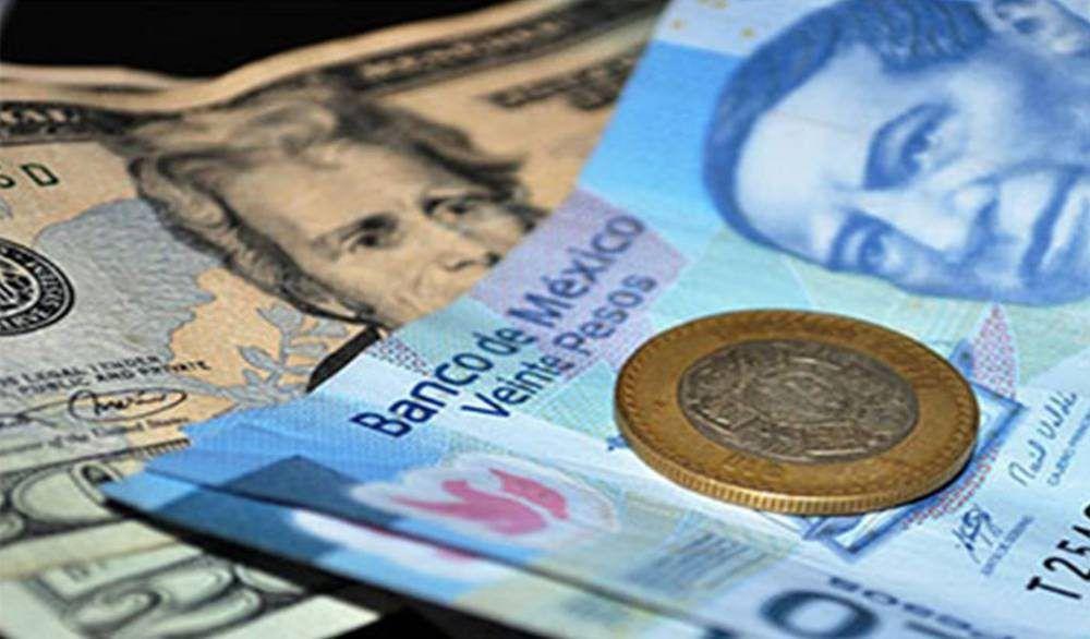 Dólar cotiza a 18.92 pesos a la venta en aeropuerto capitalino
