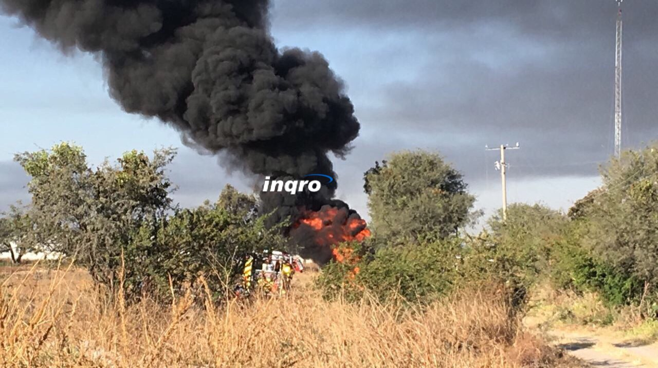 Continúan labores para apagar incendio de ducto