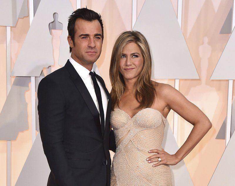 Jennifer Aniston se divorcia de Justin Theroux
