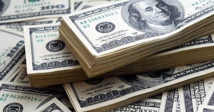 BMV abre a la baja; dólar cotiza en 19.17 pesos a la venta en AICM
