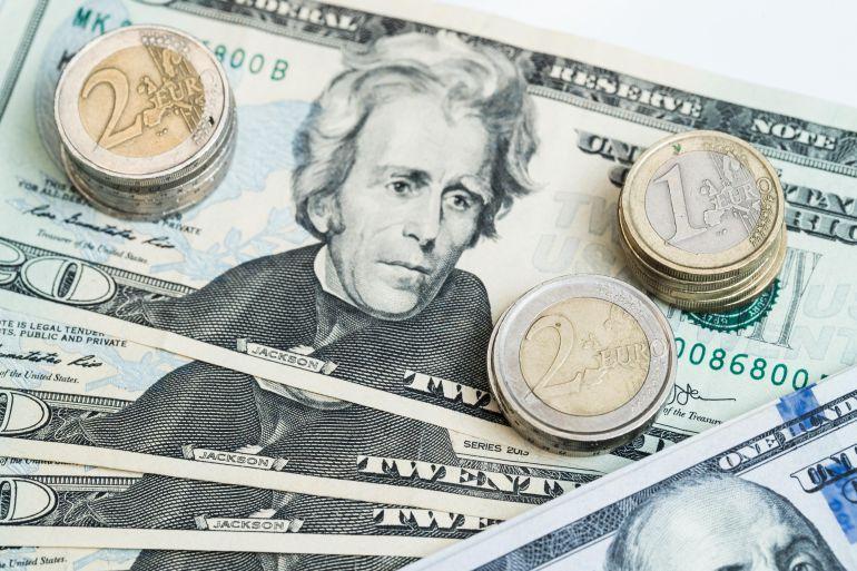Cotiza dólar a la venta en 20.62 pesos en AICM