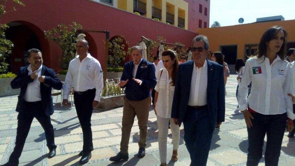 Meade cumple apretada agenda de trabajo en Querétaro