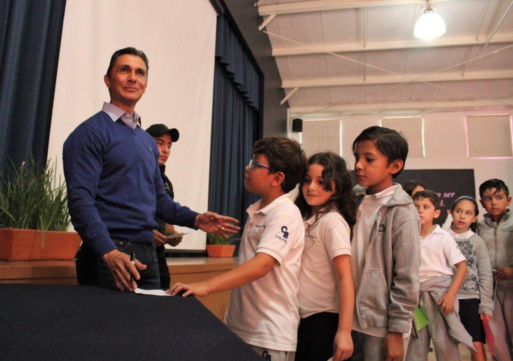 Ex futbolista Adolfo Ríos, candidato a alcalde de Querétaro: IEEQ