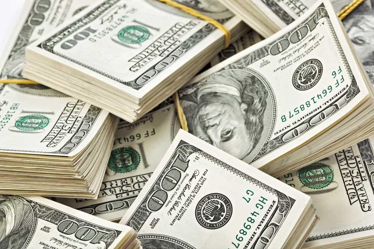 Venden dólar a 19.70 pesos en aeropuerto capitalino