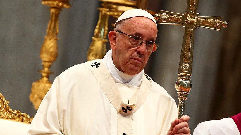Papa Francisco acepta renuncia de tres obispos de Chile tras escándalo de abusos sexuales