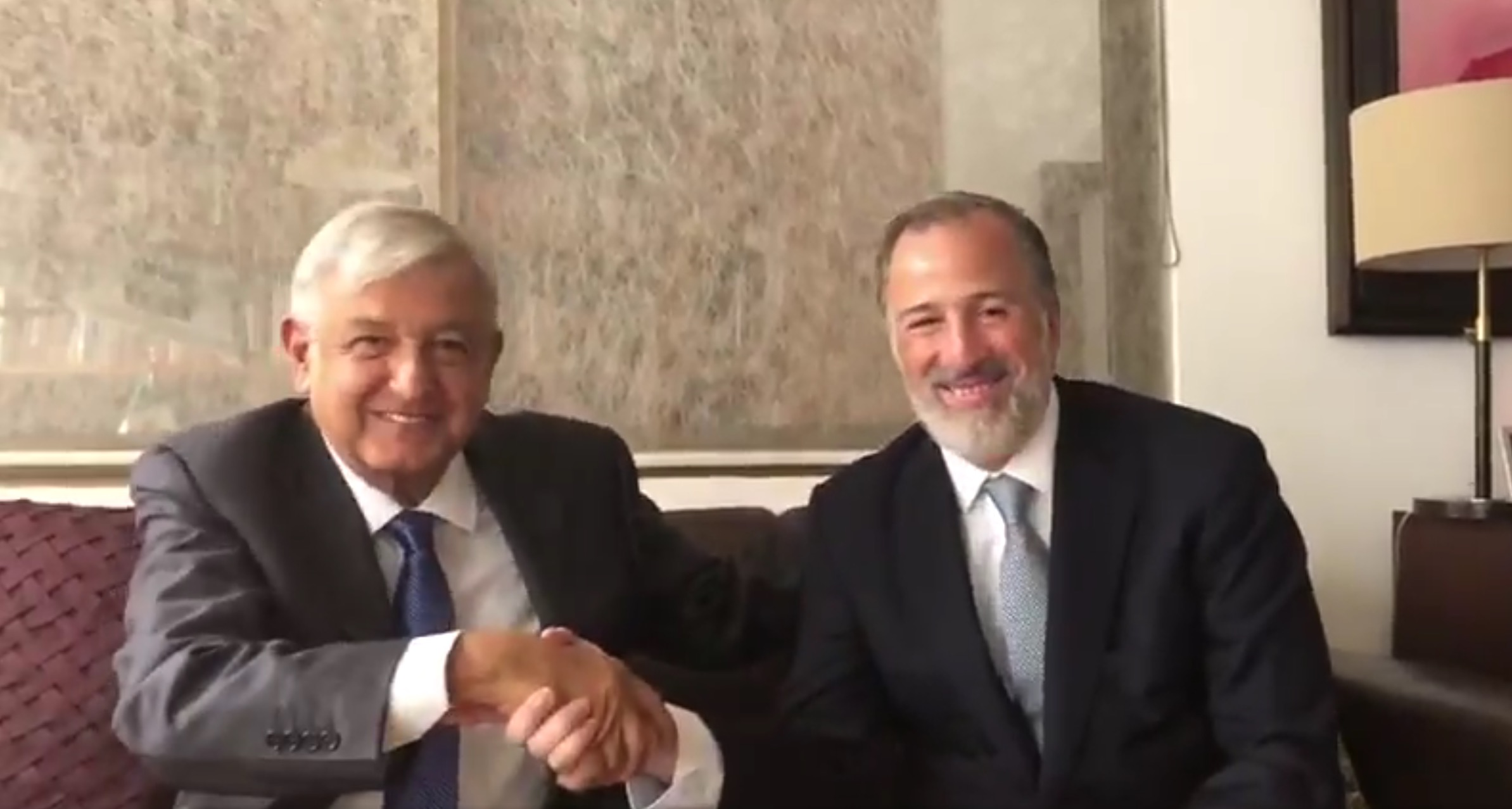 Se reúnen López Obrador y Meade