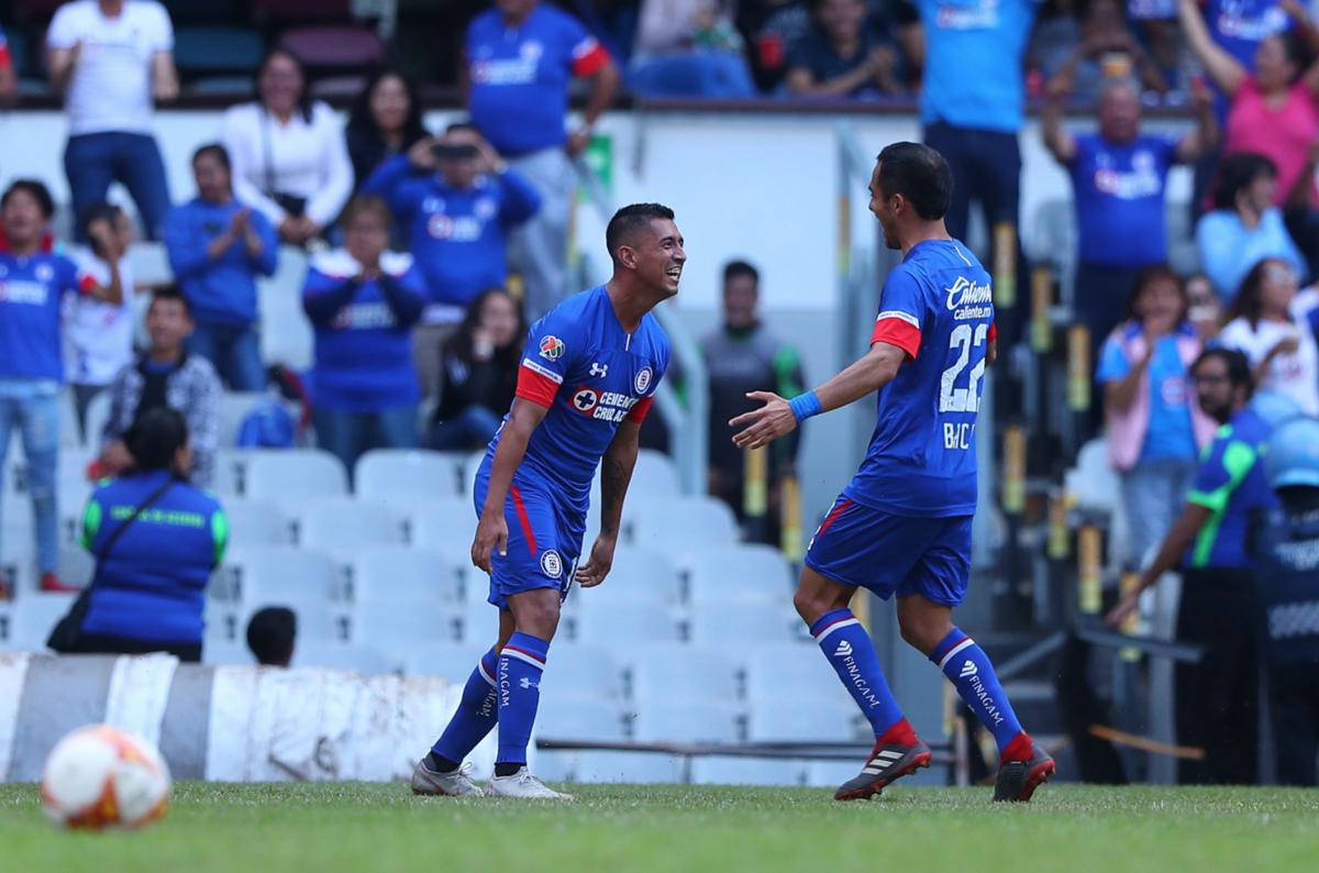 ¡Máquina imparable! Cruz Azul golea 4-1 a Veracruz y sigue invicto