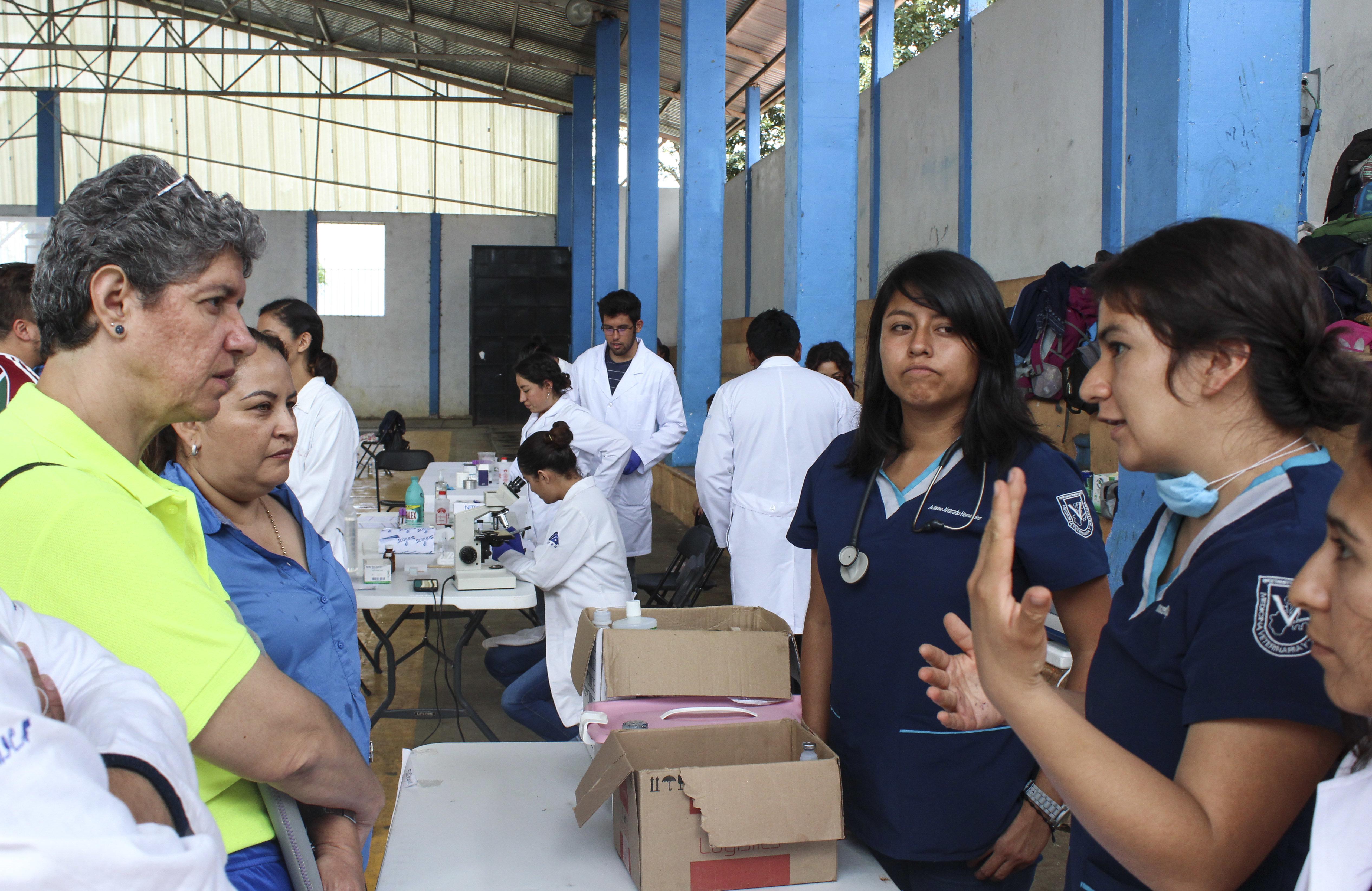 Caravana estudiantil FEUQ clausura actividades  en Landa de Matamoros