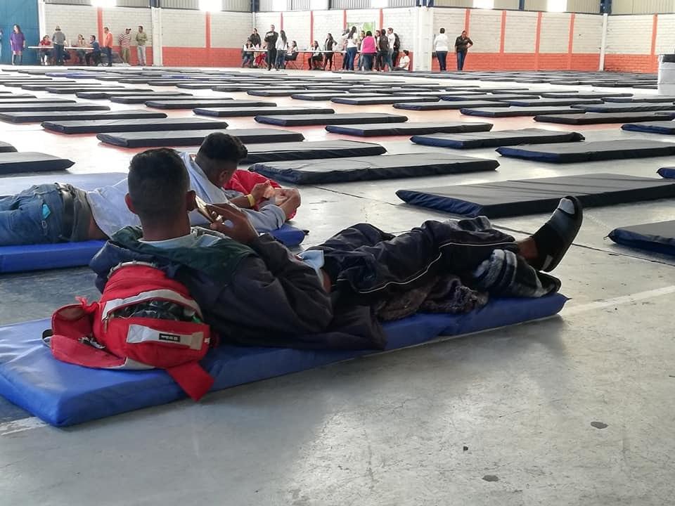 Migrantes prefieren continuar hasta la capital queretana