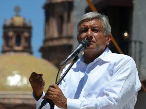 El Peje. Andrés Manuel López Obrador -líder en todas las encuestas para la elección presidencial del 2018- regresará a nuestra ciudad capital el domingo 19 de marzo para reunirse con militantes y simpatizantes, con los que firmará acuerdos del Movimiento Regeneración Nacional (Morena) con Querétaro. FOTO: ARCHIVO