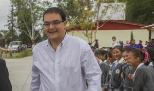 Señaló el alcalde de San Juan del Río que también necesitan trabajar en el municipio en el clandestinaje de combustible.  FOTO: CESAR ORTIZ / CORRESPONSAL
