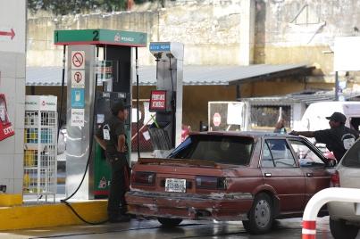 Gasolina Magna sube dos centavos y la Premium tres hoy jueves