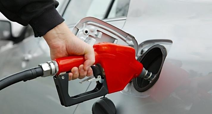 Gasolinas subirán dos centavos y diésel mantendrá su precio
